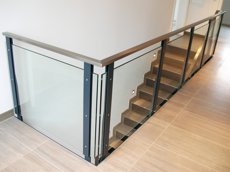 edelstahlgel nder und m lltonnenverkleidung metallbau schlosserei goldbrunner gel nderbau. Black Bedroom Furniture Sets. Home Design Ideas